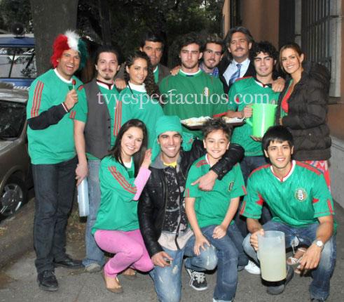 Una Familia con suerte apoya a la Selección Mexicana