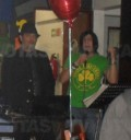 Paolo Botti canta en cantinas
