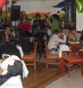 Paolo Botti en cantina con su show