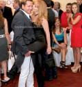 Victor Noriega y Joana Benedek en dos Hogares