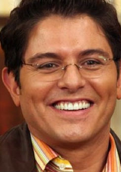 Se despide Ernesto Laguardia de Hoy