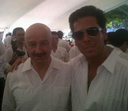 Roberto Palazuelos presume foto con Carlos Salinas