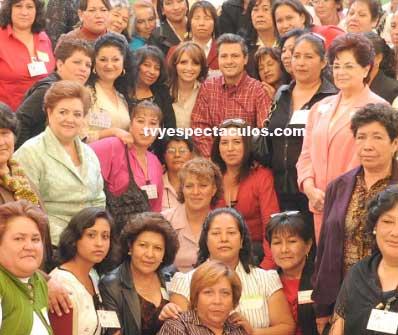 Angélica Rivera y Peña Nieto festejaron a las mamás