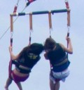 Justin Bieber y Selena Gomez en Paracaidas