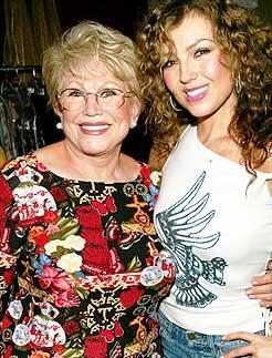 Falleció la mamá de Thalía