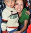 Ana Claudia Talancón convive con niños