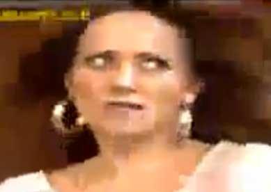 Andrea Legarreta parodia a Ninel Conde por quemadura