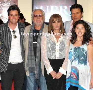 Presentan al elenco de Esperanza del Corazón