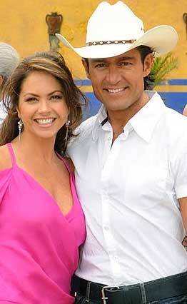 Podrían ser Lucero y Fernando Colunga protagonistas de A la sombra del Ángel de Carla Estrada