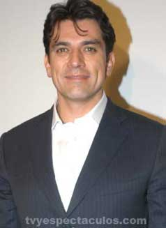 Cumple 43 años Jorge Salinas
