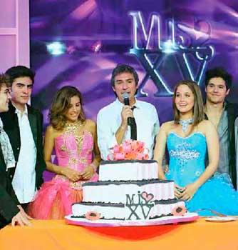 Paulina Gotto y Eleazar Gómez protagonistas de Miss XV