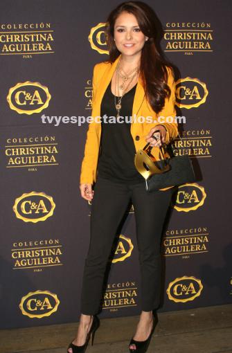 Se presenta colección de Christina Aguilera en México en ausencia de la cantante
