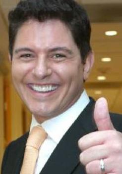 Ernesto Laguardia se muda a Miami para hacer programa de TV