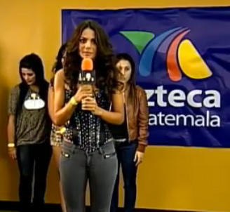 Esther Lanuza hace casting para La Academia 2011