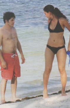 Raúl Sandoval grabó video con la novia de Kristoff