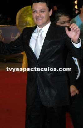 Cumple 42 años Pedro Fernández