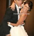 Jacquie Bracamontes con su esposo en su boda religiosa