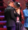 William Levy en tremendo beso con Aracely Arámbula