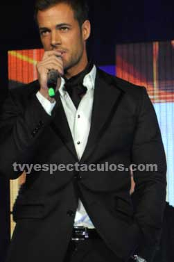 William Levy confirmado en Perfume de Gardenia