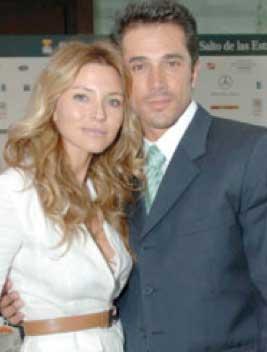 Sergio Mayer e Isabella Camil en Abismo de Pasión