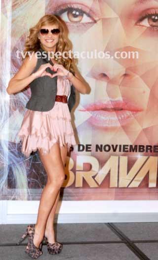 Paulina Rubio  iniciará la gira de Brava en febrero en México