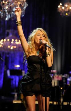 Paulina Rubio actuará en la gran final de MQB