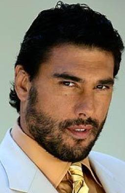 Buscan a Eduardo Yañez para nueva versión de Leonela