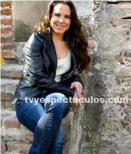 Kate del Castillo explica su polémico Twitter