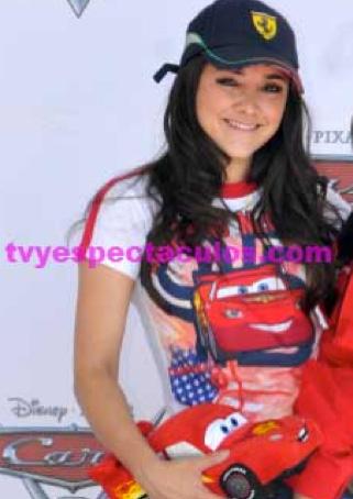Recibe Sherlyn regaño de Televisa por asistir a Cadena Tres