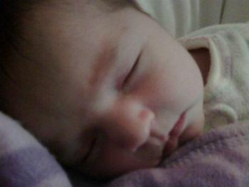 Pablo Montero presume la primera foto de su pequeña hija en Twitter