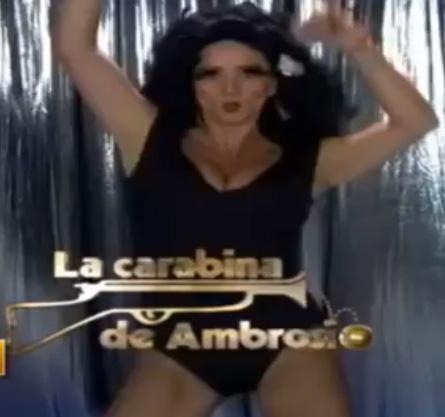Andrea Legarreta baila como Gina de La Carabina de Ambrosio