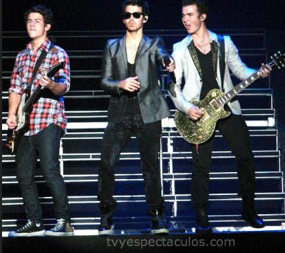 Jonas Brothers dejan Disney