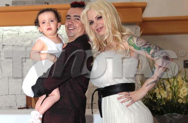 Sabrina Sabrok bautizó a su hija