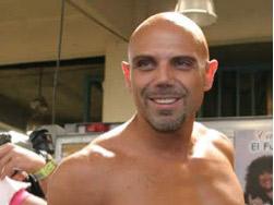 Manuel Landeta queda imposibilitado para caminar después de cirugía
