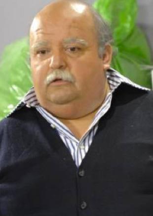 Falleció el actor Carlos Cobos