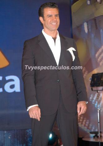 Regresa Eduardo Capetillo a Televisa