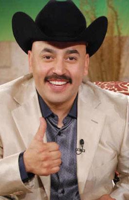 Lupillo Rivera deja el hospital