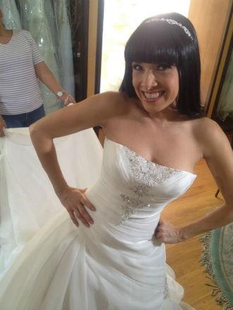 Dalílah Polanco se vistió de novia para la boda de sus ex parejas