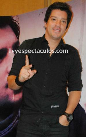 Yahir en concierto de Lucha Libre en Centro Banamex 17 de agosto