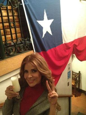 Detienen a Gloria Trevi en Chile