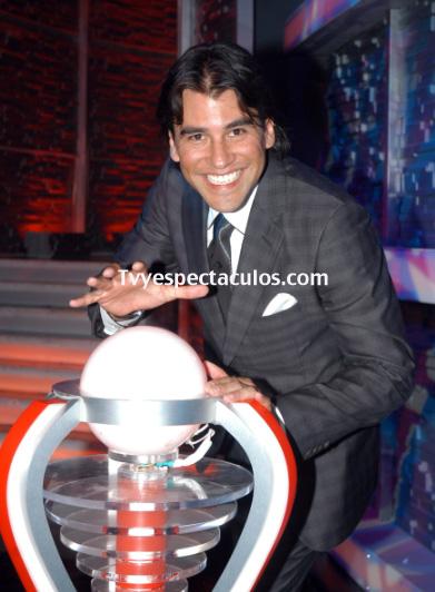 Mauricio Barcelata adoptará un bebé