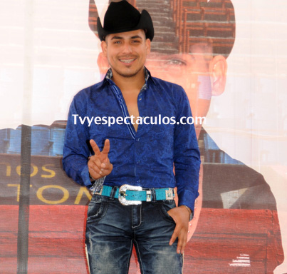 Espinoza Paz se retira