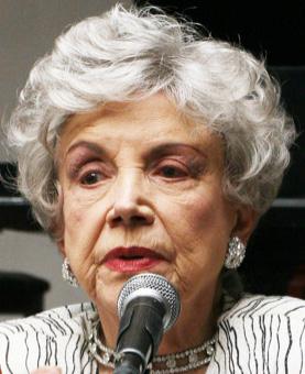 Silvia Pinal anuncia destitución de Evangelina Elizondo de la  A.N.D.A.