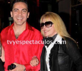 Productora de Tv Azteca busca a Verónica Castro para su nueva telenovela