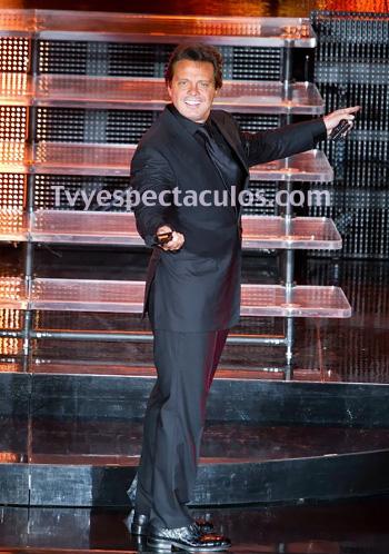 Luis Miguel regresa al Auditorio Nacional en 2013