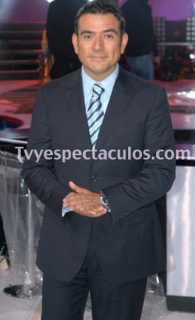 Héctor Sandarti prefiere ser conductor de Hoy y deja Libre para Amar