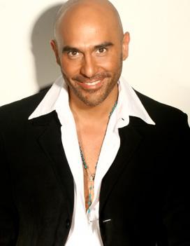 Héctor Suárez Gomís regresa a Televisa