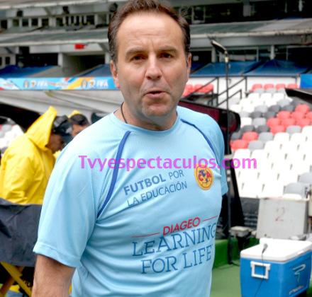 Esteban Arce tendrá programa deportivo
