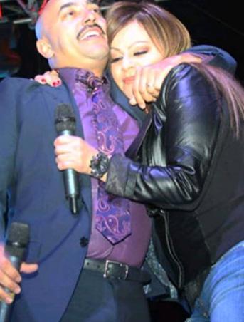 Lupillo Rivera recuerda a Jenni a un mes de su partida