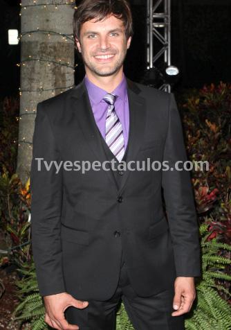 Mark Tacher podría ser pareja de Thalía en la versión femenina de Montecristo